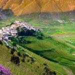 Umbrien, Gebiet der Kunst und der Heiligen, der Dörfer und der Gastronomie
