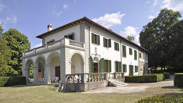Ferien landh user und cottages in mugello ville in italia for Ville in italia